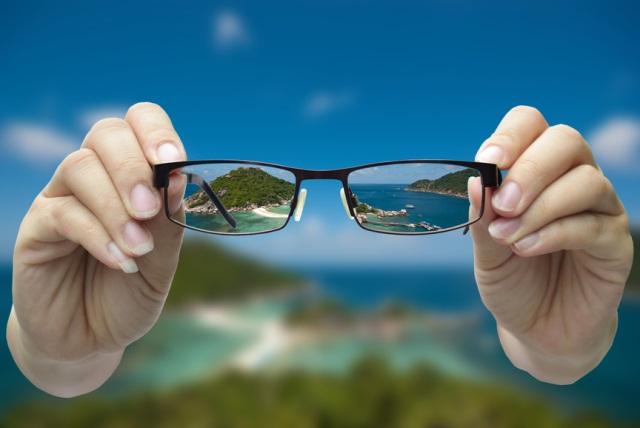 Минусы корректировки зрения