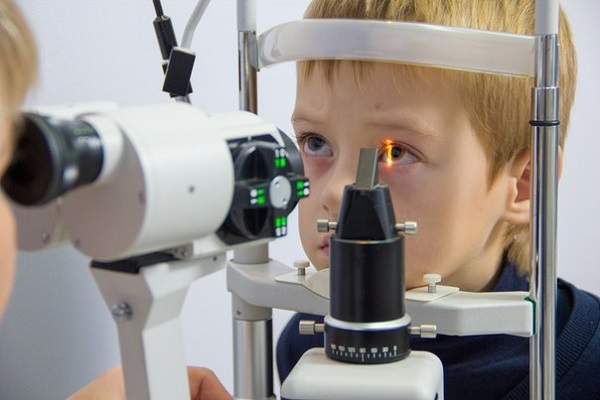 Что нельзя делать перед операцией по коррекции зрения