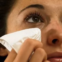 Попало мыло в глаз