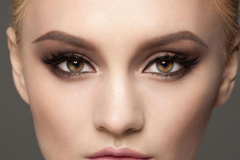 Каре-зеленые глаза у женщин